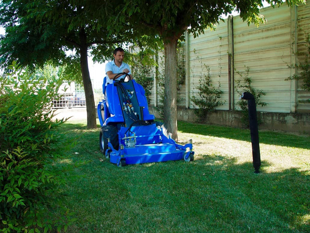 MultiOne-mini-loader-1-series-with-lawn-mower-1030x773