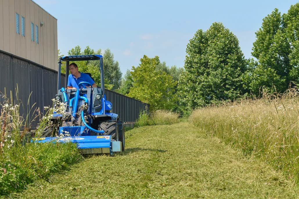 MultiOne-mini-loader-10-series-with-flail-mower3-1030x687