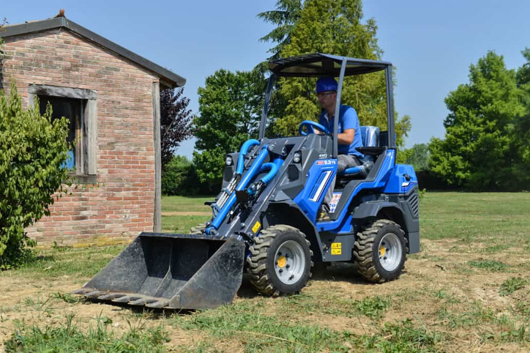 MultiOne-mini-loader-6k-series-bucket-1030x687