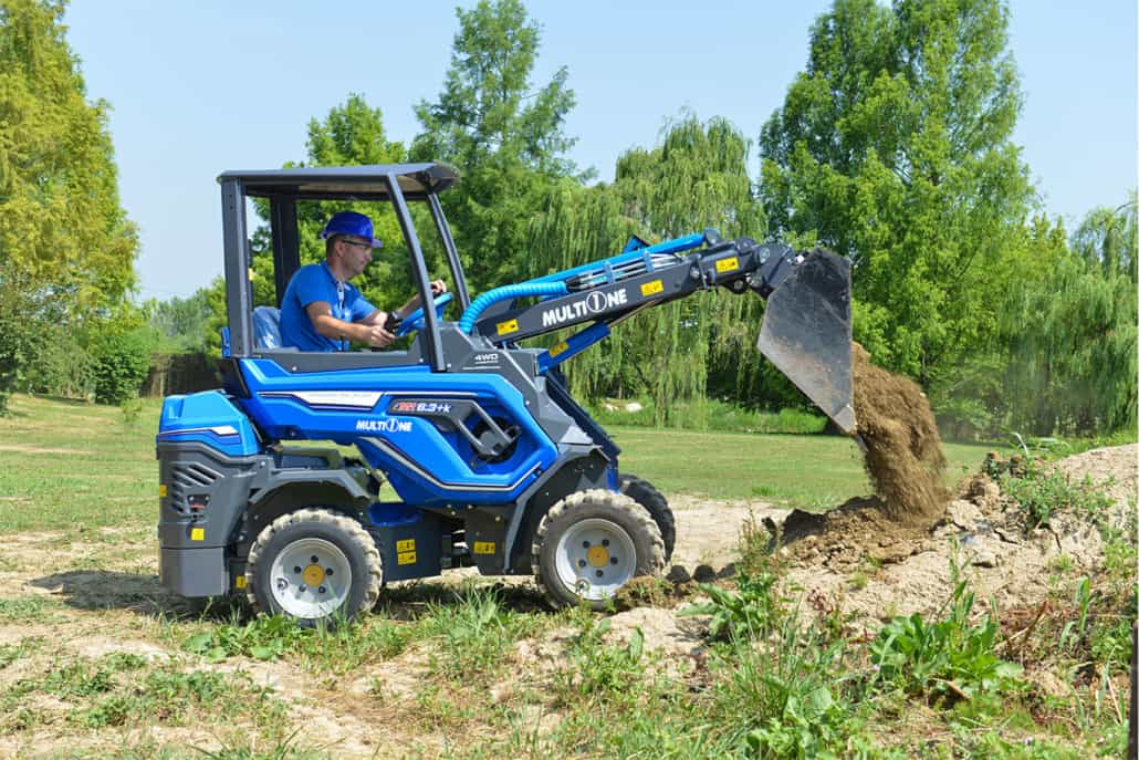 MultiOne-mini-loader-6k-series-bucket_01-1030x687