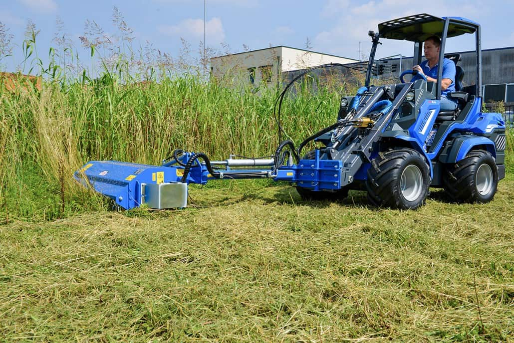 MultiOne-mini-loader-8-series-with-flail-mower-with-side-shift21-1030x688