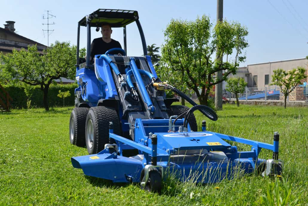 MultiOne-mini-loader-SD-series-lawn_mower_01-1030x688