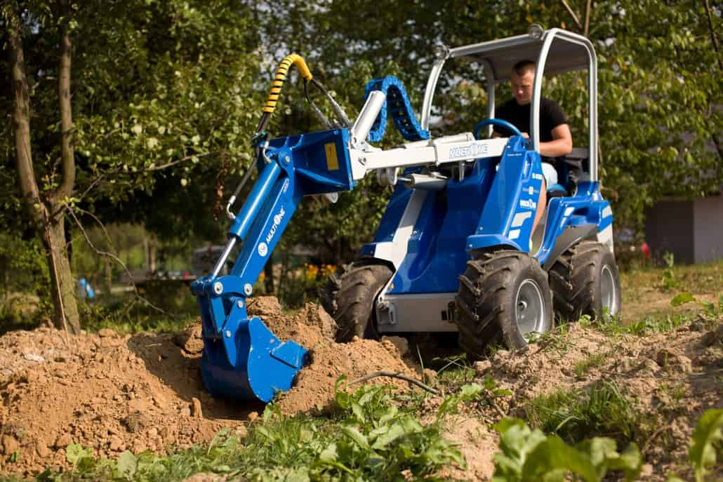 Multione-mini-digger_02-1030x687