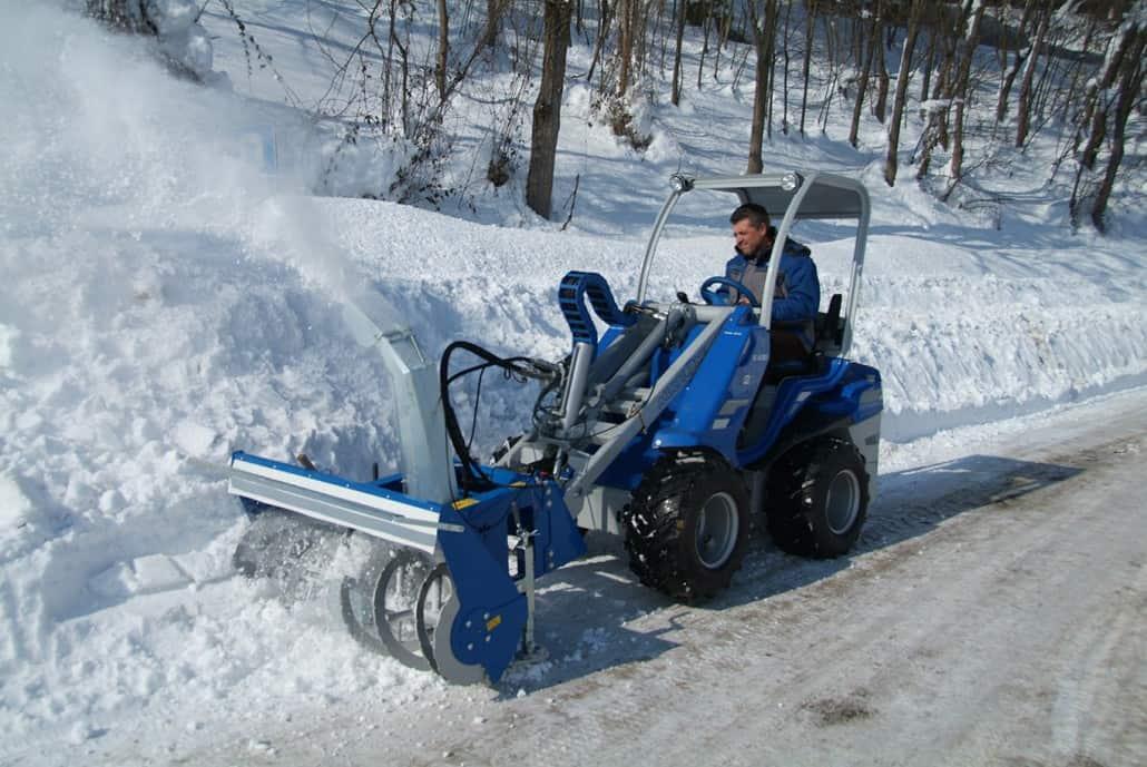 Multione-snow-blower-02-1030x689