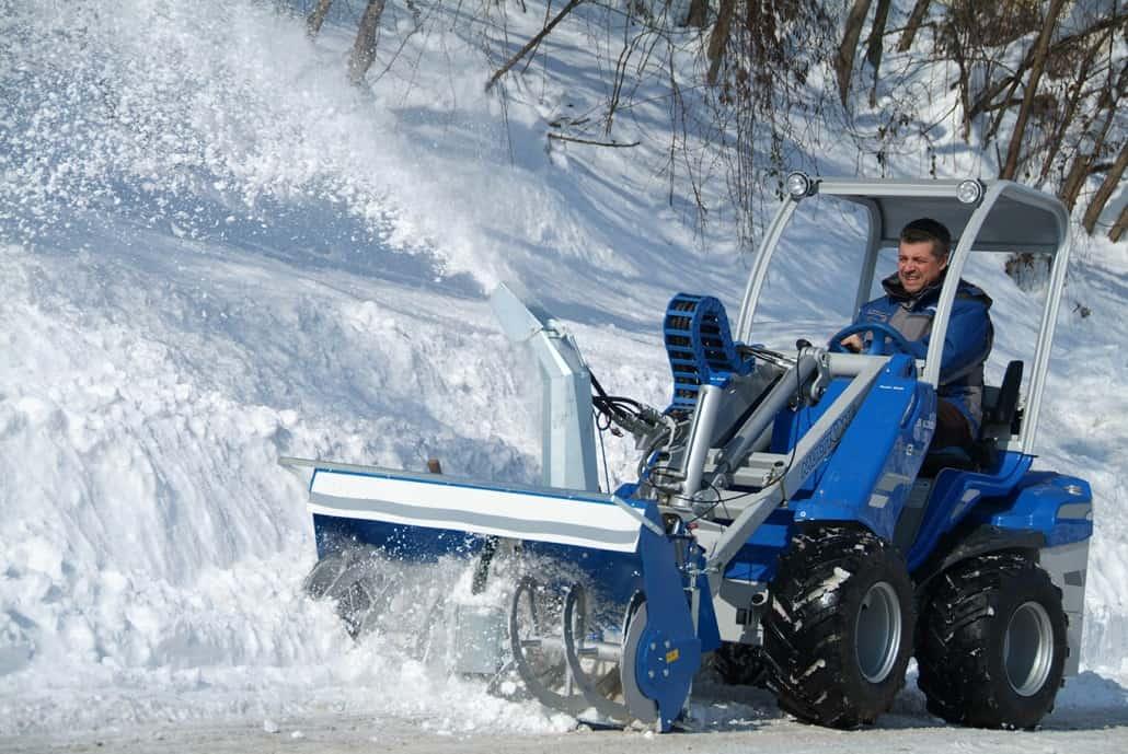 Multione-snow-blower-03-1030x689